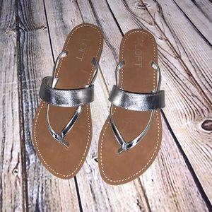 Loft sandals/ flip-flops nwot
